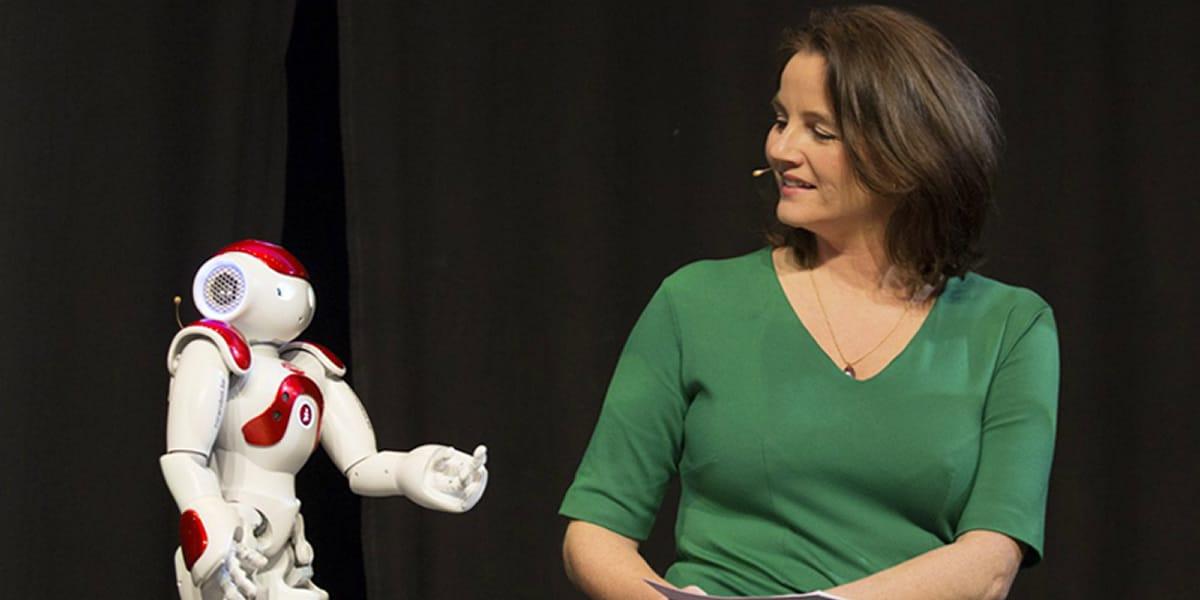 Innovations Veranstaltung mit roboter