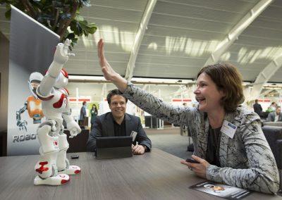 Roboter NAO treffen, Roboter Verleih