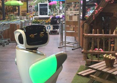 Roboter Sanbot im Einzelhandel