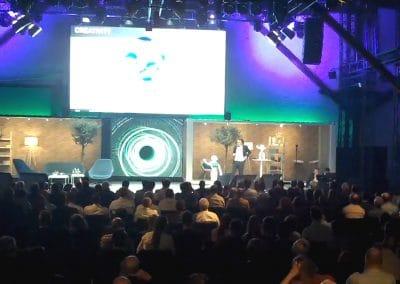 Keynote Speaker plus Roboter